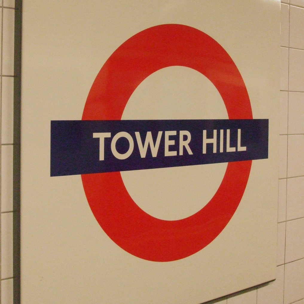 Tower_Hill_stn_roundel